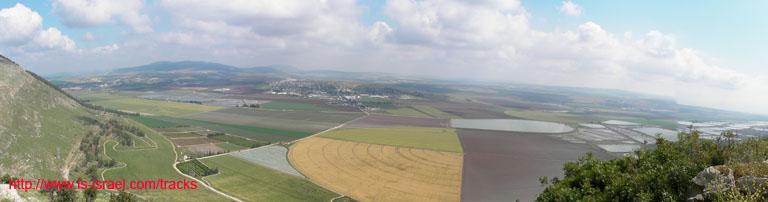 Вид с горы Гильбоа