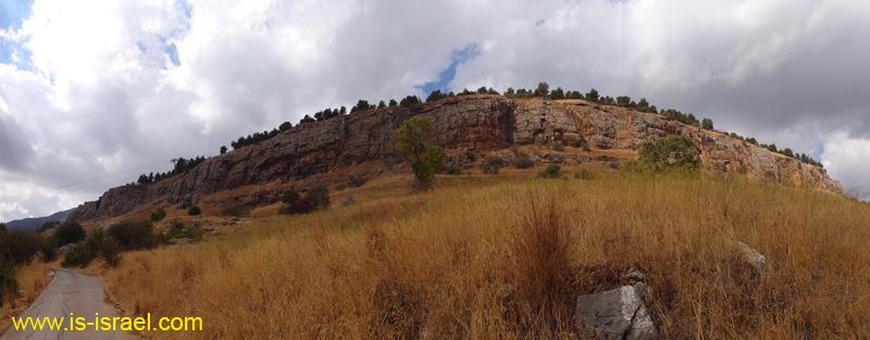 Вид на скалу Манара