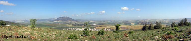 Вид на гору Тавор.